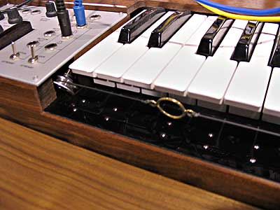 http://www.otheroom.com/namm04/images/Techno/FrenchConnection.jpg